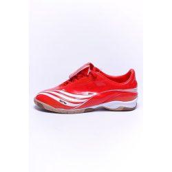 Adidas gyerek piros futballcipő 37 1/3 /kamp202011lvm várható érkezés:12.10