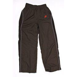 Nike fiú olajzöld tréning melegítő szabadidőruha nadrág M (140-152 cm) /kamplvm20210629 Várható érkezés 08.10