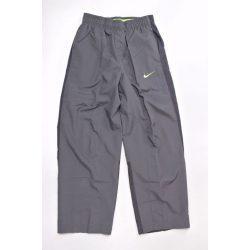 Nike fiú szürke tréning melegítő szabadidőruha nadrág M (140-152 cm) /kamplvm20210629 Várható érkezés 08.10