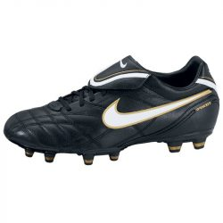 Nike férfi fekete futballcipő 45 366180/018 /várható érkezés: 11.05