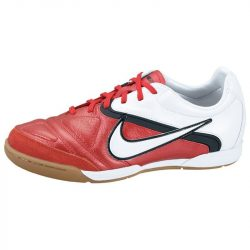 Nike gyerek piros futballcipő 37.5