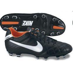 Nike férfi fekete futballcipő 45 454309/018 /várható érkezés: 11.05